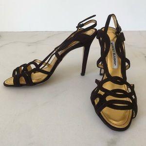 Manolo Blahnik Fertilla Velukid Brown Heels